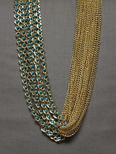 Textual Contrast Necklace