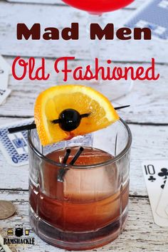 Mad Men Old Fashioned Drinking the classic cocktails! This Mad Men inspired Old Fashioned is the fruity cocktail that still packs a punch! – Cocktails and Pretty Drinks Fruity Cocktails, Bourbon Cocktails, Easy Cocktails, Classic Cocktails, Fun Drinks, Alcoholic Drinks, Old Fashioned Drink, Old Fashioned Recipes, Old Fashioned Cocktail