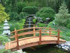 Resultado de imagem para ponte de madeira para jardim