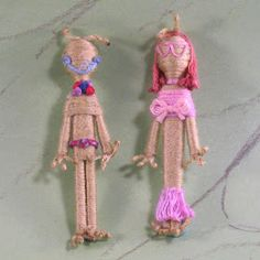 Martian, respectively. Toothpick Martians This week I'm showing off some of my very first dolls (from about 15 years ago), done in the first fledgling years of my career as a teenage doll-maker. Wooden Pegs, Wooden Dolls, Toothpick Crafts, Worry Dolls, How To Make Toys, Clothespin Dolls, Crafts For Teens, Kids Crafts, Dmc Floss