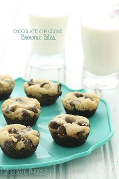 Can't decide between chocolate chip cookies and brownies? Now you can have both with these Chocolate Chip Cookie Brownie Bites!