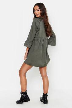 Petite V Neck Smock Dress | boohoo Petite Outfits, Petite Dresses, Green Dress, White Dress, Dress Black, Dress Outfits, Casual Dresses, Fit Women, Women Wear