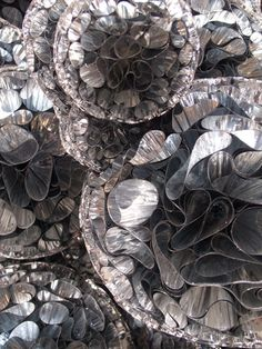 too much art - actegratuit: The installation Untitled (Mylar)...