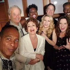 Ghostbusters casts new and old unite for group photo http://shot.ht/1RXfnjW @EW