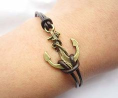 Anchor Bracelet---antique bronze unique little anchor&brown leather chain from lightenme on Etsy. Saved to Things I want as gifts. Diy Jewelry, Jewelry Box, Jewelry Accessories, Jewelry Making, Pirate Jewelry, Fashion Accessories, Bracelet Antique, Do It Yourself Jewelry, Bronze