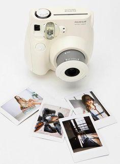Instax Mini 7 S - instant câmera da Fujifilm! So need to find this camera!!!