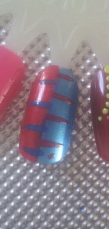 red and blue reverse stripe