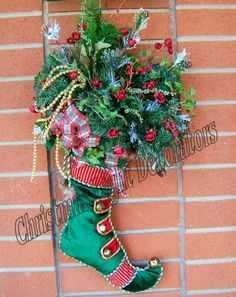 Christmas Stocking Wreath Spray