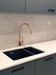 """"""" Rose Gold sink tap now available to view in our kitchen showroom Kitchen Room Design, Modern Kitchen Design, Home Decor Kitchen, Interior Design Living Room, Gold Taps, Gold Faucet, Lavabo Design, Design Rustique, Rose Gold Kitchen"""