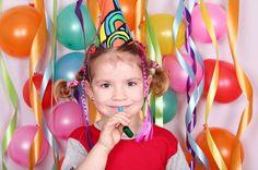 How to make your own birthday flag banner Special Birthday, First Birthday Parties, Birthday Party Decorations, First Birthdays, Birthday Flags, Girl Birthday, Birthday Ideas, Polka Dot Theme, Happy Photos