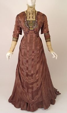 Afternoon dress ca. 1910