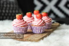 Mini Cupcakes, Birthday Cake, Sweets, Desserts, Food Ideas, Baby, Sweet Pastries, Tailgate Desserts, Birthday Cakes