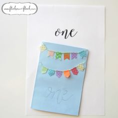What are your tips for giving your crafts that handlettered look, that's so on trend right now? I find I can sketch a rough outline of a word if I have something to use as my inspiration - remembering the whole joy of handlettering is that it doesn't need to be perfect! Click through to read more about this pretty little handmade card, and how you can create your own... x