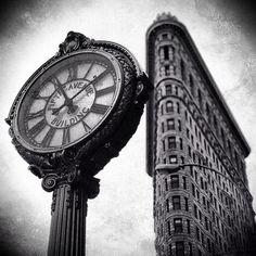 Beautiful NYC photos by Neil Kramer | Flatiron Building, NYC photo, New York photography, black and white, street photography, clock, Flatiron