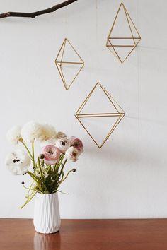 Magnifique DIY, la suspension géométrique en laiton.   diy-géométrique-suspension-laiton-madmeoiselle-claudine