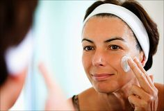Everybody knows how to wash their face, right? Well, maybe! Take a look at this slideshow to learn the basics of washing and moisturizing skin.