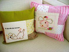 Enfim nasceram as primeiras almofadas Samariquinha by Fotos de Samariquinha- Micheline Matos, via Flickr
