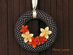 dekor  2 Wreaths For Front Door, Door Wreaths, Doors, Halloween, Creative Ideas, Decorations, Google, Design, Home Decor