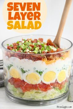 Seven Layer Salad - A colorful, classic salad with seven layers of lettuce, veggies, cheese, eggs and bacon combined with a sweet dressing. Perfect for large gatherings and potlucks! #sevenlayersalad #salad #summer #potluck #sevenlayer #recipe Recipes Appetizers And Snacks, Easy Salad Recipes, Veggie Recipes, Veggie Food, Feta, Seven Layer Salad, Classic Salad, Health Desserts, Unique Recipes