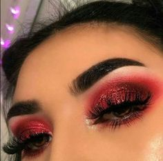 Eyeshadow Looks red valentines day makeup Rote Valentinstag Make-up # red makeup eyeshadow Red Eyeshadow Makeup, Glam Makeup, Skin Makeup, Makeup Inspo, Makeup Ideas, Makeup Goals, Makeup Tips, Red Glitter Eyeshadow, Drugstore Makeup