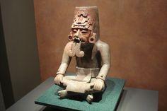 Escultura de El Viejo o Dios del Fuego  Museo de Antropologia e Historia de Mexico