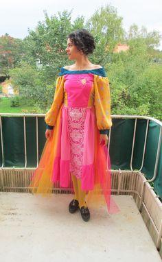 Folklore princess dress | Isabella Juliosdotter Folklore, Sari, Princess, Dresses, Fashion, Saree, Vestidos, Moda, La Mode