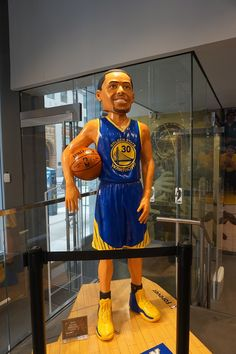 La boutique des fans de basket, le NBA Store de la 5ème Avenue