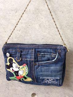 Backpack Bags, Tote Bag, Denim Ideas, Jeans Material, Denim Bag, Purse Patterns, Fabric Bags, Quilted Bag, Denim Fashion