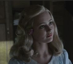 miss peregrine's home for peculiar children, ella purnell, emma bloom
