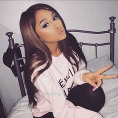 #makeup #fashion #love #fashionblogger #beautyblogger #beauty #lips #inspo #qotd #quotes #sassy #blogger #fashionista #blog #followforfollow #celebrity #ootd #love #cute #beautiful #heels #shoes #followme #model #city #newyork #london #hair #hairstyles #clueless #lfl