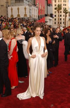 Angelina Jolie - Memorable Oscar Dresses - Fashion for women