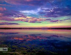 COLORS - Pinned by Mak Khalaf A day in the lake. Colors. Landscapes beachbeautifulbluecloudsgreenlightoceanorangeredreflectionseaskysummersunsunsetwateryellow by JonPalmer