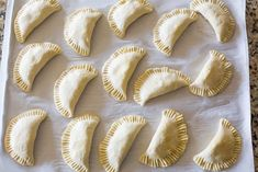 Apple Hand Pies assembled and ready for baking! Apple Desserts, Apple Recipes, Yummy Recipes, Cake Recipes, Recipies, Fried Apples, Cooked Apples, Cinnamon Apples, Caramel Apples