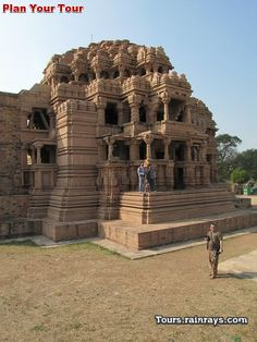 Tourist Attraction India: Teli Ka Mandir Gwalior | old craft
