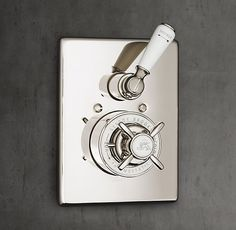 1900 Classic Thermostatic Shower Valve & Trim Set with Flow Control - White $1646