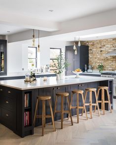 Shaker Kitchens, The Shaker Kitchen Company, Shaker Style Kitchens Kitchen Diner Extension, Open Plan Kitchen Diner, Open Plan Kitchen Living Room, Home Decor Kitchen, Home Kitchens, Large Open Plan Kitchens, Large Kitchen Design, Kitchen Cupboard Designs, Interior Design Kitchen