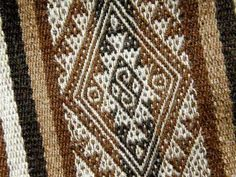 A pebble weave motif from highland Peru