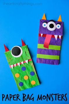 Paper Bag Monster Puppet craft for kids. Make it as a fun Halloween kids craft o… Paper Bag Monster Puppet craft for kids. Make it as a fun Halloween kids craft or couple it with a favorite monster-themed kids book. Casa Halloween, Fun Halloween Crafts, Fun Crafts, Halloween Crafts Kindergarten, Halloween Crafts For Preschoolers, Decor Crafts, Fall Toddler Crafts, Summer Kid Crafts, Halloween Art Projects