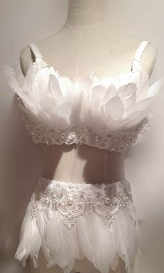 White Pearl Swan Exaggerate Beauty Fashion SHOW Feather Bra Deco Photography(Top bra) $139.99 by MissLaceFancyShop, based in Washington USA