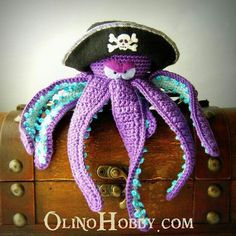 The most bad-ass crochet pet I have ever seen! I love him! I hope I one day become such a skilled crocheter that I can create something so cute!