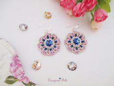 Orecchini in tessitura di perline con cristalli swarovski. Realizzati interamente a mano #creazionifilò #orecchini #tessitura #swarovski #handmade #blogger
