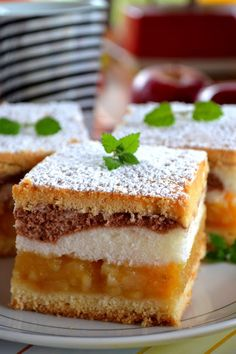 Kitchen Notes M .: The two-color pie with ladyfingers. Polish Desserts, Polish Recipes, No Bake Desserts, Delicious Desserts, Dessert Recipes, Apple Recipes, Sweet Recipes, Baking Recipes, Cookie Recipes