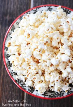 Easy Kettle Corn Recipe on twopeasandtheirpod.com Our favorite popcorn recipe and so easy to pop up at home!
