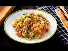 La cocina de Lila - YouTube Arroz Frito, Fried Rice, Allrecipes, Tapas, Sushi, Bacon, Food And Drink, Menu, Cooking Recipes