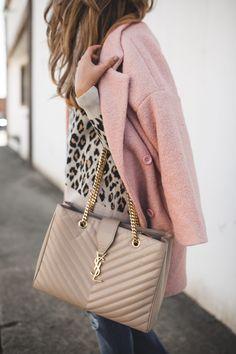 Leopard Sweater & Pink Coat (The Teacher Diva) Trend Fashion, Fashion Outfits, Womens Fashion, Fashion Bloggers, Fashion Inspiration, Ysl Handbags, Ladies Handbags, Preppy Style, My Style