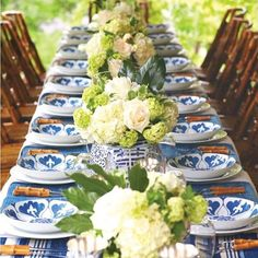 Happy Easter! We love this table styled by @heatherchadduck using Bunny's Campbell Bowls for at @ballarddesigns - featured in @birminghamhomeandgarden #tabletop #blueandwhiteforever