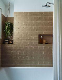35 modern bathroom decor ideas match with your home design style page 42 Design Lounge, Design Loft, Studio Design, Modern Design, House Design, Modern Bathroom, Small Bathroom, Master Bathroom, Washroom
