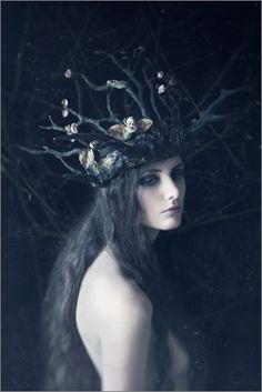 Crown for a wild queen(Photography by Daria Endresen Sculpted Headdress: Candice Angélini Model: Lizzie St Septembre) Foto Fantasy, Photography Women, Fashion Photography, Dark Fantasy Photography, Forest Photography, Conceptual Photography, Photography Lighting, Contemporary Photography, Editorial Photography