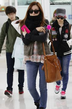 SNSD Tiffany airport fashion December 6