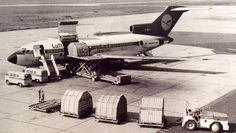 boeing B727 30C Cargo Aircraft, Boeing Aircraft, Air Board, Boeing 727, Cargo Airlines, Vw T1, Fighter Jets, Germany, Spacecraft